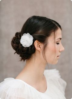 Silk Flower Florie-petit BelleJulie Bridal Accessoires bellejulie.de
