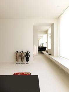 베란다 샤시를 벤치로 활용 . 심플 아파트 인테리어