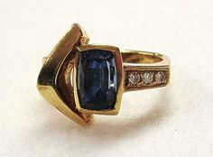 Hey, I found this really awesome Etsy listing at https://www.etsy.com/listing/226474267/18k-gold-ring-modernist-tourmaline