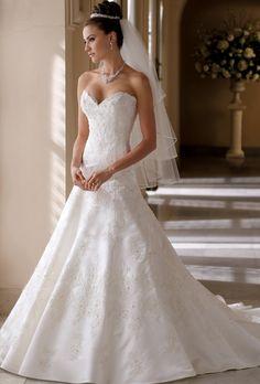 Brides: David Tutera for Mon Cheri :  113215 Helen