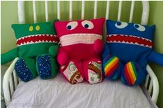 Free pattern: Pajama Eaters monster pillows · Sewing | CraftGossip.com