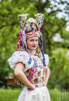 Brides of Slovakia - Pictures of lost world Folk Costume, Costumes, Folk Clothing, Europe Fashion, Ethnic Dress, Traditional Dresses, Lost, Culture, Bride