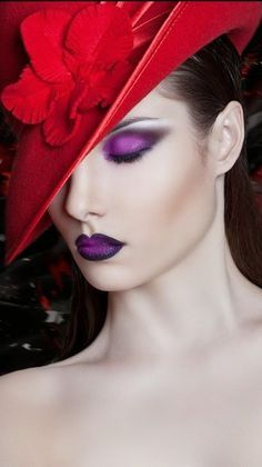 Makeup ❤️♪ƸӜƷ❣ 🎬🖤 ♛♪ 🎩🌹 ✿ ❀¸¸¸. Red Yellow Turquoise, Purple Red Color, Purple Color Palettes, Periwinkle Blue, Shades Of Purple, Purple Palette, Magenta, Purple Fashion, Colorful Fashion