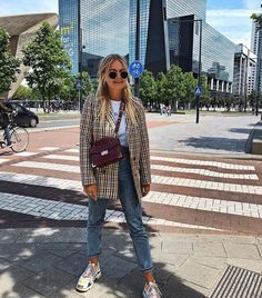 50 Fabulous Streetwear Outfit Ideas That Will Make You A Trend Setter – Page 3 – Style O Check Winter Fashion Outfits, Fall Winter Outfits, Autumn Winter Fashion, Spring Outfits, Fashion Clothes, Fashion Dresses, Blazer Outfit, Look Blazer, Mode Outfits