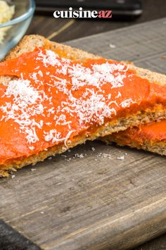 La tartinade au chorizo est prête en 5 minutes au Thermomix. #recette#cuisine#tartinade#chorizo #robot #robotculinaire #thermomix Queso Manchego, Robot, Philly Cream Cheese, Cooking Recipes, Toast, Robots