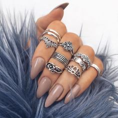 """Obsessed with all the rings from @indigo_lune """