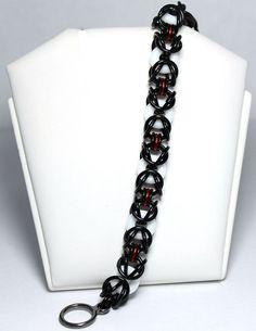 64ffdfb398fb84df585bdb38577b09dc--chainmaille-bracelet-jewelry-ideas.jpg 570×739 pixels