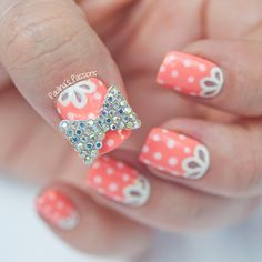 Girly Nails Coral Heat #nails #polish #manicure #stylish