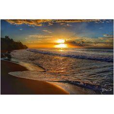 "Repost from Instagram ! #WeLike ! #Madinina by @bbguigoz ""Sunset beach  #igersworldwide #igs_group_11 #ig_impulse #igmasters #ig_myshot #ptk_nature #paradise #matinik_pictures #lighttrails #longexposure #longexposhots #bnw_globe #tv_transport #theblueislands #arubatahotshot #exclusive_shots #ebs_fullframe #caribbean #waycoolshots #ignation #igs_photos #ig_caribbean #ig_martinique #loves_caribbeansea#sunsetlovers #sunset_madness #sunrise_sunsets_aroundworld#stars_hdr"" http://ift.tt/1Qk93qI"