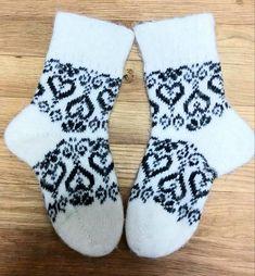 Socks with pattern. Socks with pattern. Wool Socks, My Socks, Knitting Socks, Hand Knitting, Knitting Patterns, Black Sheep Wool, Slipper Socks, Slippers, Unique Socks