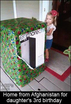 Esta criança ganhando o único presente de aniversário que realmente queria: | 32 fotos que mudarão a maneira como você vê o mundo