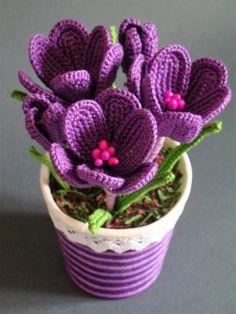 Flores e Arranjos em Crochê que garanto que você irá si apaixonar ao ver...