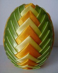 """Kurs Wielkanocne jajko wykonane techniką """"karczochową"""" - ArtPasje"""