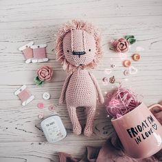 Crochet Animal Patterns, Crochet Animals, Amigurumi Patterns, Diy Crochet Toys, Crochet Dolls, Crochet Lion, Newborn Toys, Stuffed Toys Patterns, Handmade Toys