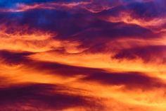 Royal purple & golden waves in this skyscape.  #cloud #clouds #cloudscape #cloudgallery www.lumick.nl