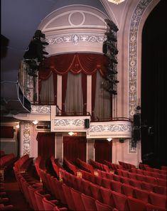 Gerald Schoenfeld Theatre. NYC.