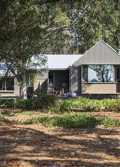 Metung House 2 - Neil Architecture Melbourne Architecture, Australian Architecture, Modern Architecture House, Interior Architecture, Modern Country, Country Style, Indoor Outdoor, Outdoor Living, Outdoor Decor