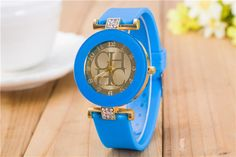 2015 New Fashion Brand Gold Geneva Casual Quartz Watch Women Crystal Silicone Watches Relogio Feminino Dress Wrist Watch Hot