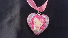 Hello kitty glitter kawaii resin necklace