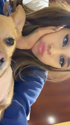and baby selfie (notitle) Ariana Grande Cute, Ariana Grande Photoshoot, Ariana Grande Pictures, Ariana Grande Selfie, Ariana Grande Background, Ariana Grande Wallpaper, Cat Valentine, Adriana Grande, Ariana Instagram