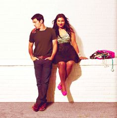 LOVE THIS PIC of Mindy Kaling & Chris Messina from The Mindy Project