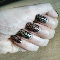 #notd con le patch @sephoraitalia  #nails #notd #nailart #bbloggers #ibbloggers #cosmetic #cosmetics #polish #nailpaint #nailpolish #nailpainting #nailart #bbloggers #ibbloggers #makeupblogger #maccosmetics #urbandecay #amazing #colour #cute #beautiful #fashion #beauty #lippencil #favorite #likes #makeuplook #lipstick  #glampolish #nailsoftheday