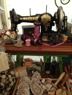 HenHouse - beautiful vintage sewing notions....X Love