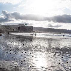 How a July Sunday morning should be! Las Canteras beach in Las Palmas, Gran Canaria (Spain)