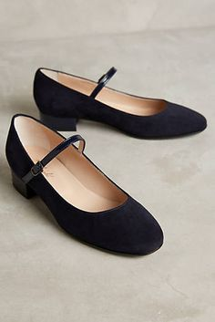 Discover freshly cut sale shoes & accessories at Anthropologie, including  sale shoes, jewelry, sunglasses, handbags and more. Discover unique women's  flats ...