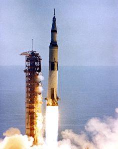 KSC-71PC-549 ( 212k ) Apollo 15 launch. Scan by Kipp Teague.