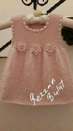 Baby Knitting Patterns Cardigan found found j ltbrgt tissues - PIPicStats Diy Crafts Knitting, Knitting For Kids, Baby Knitting Patterns, Baby Patterns, Knit Baby Dress, Knitted Baby Clothes, Baby Pullover, Baby Cardigan, Diy Dress