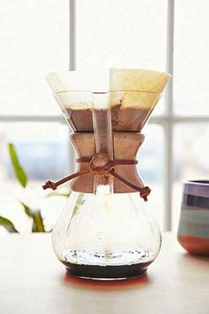 Chemex 6-Cup Classic Series Glass Coffeemaker - Urban Outfitters