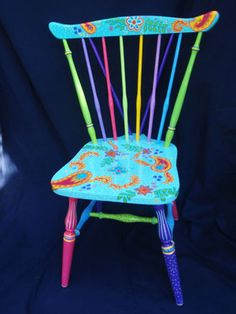 I have four wooden chairs I want to give new life to.this is one of my inspirations, wooden chair Hand Painted Chairs, Funky Painted Furniture, Recycled Furniture, Colorful Furniture, Paint Furniture, Colorful Chairs, Metal Chairs, Wooden Chairs, Room Themes