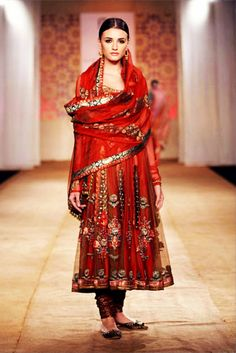 http://haveli.tumblr.com/ #indian #fashion