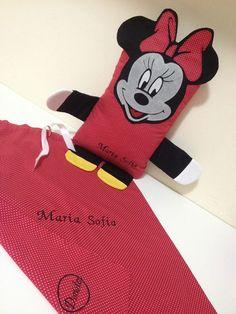 Naninha Minnie Mouse... com nome bordado... #naninha #dorloter #amooquefaço #artesanatoemtecido #patchcolagem #patchaplique #bordadopersonalizado