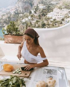 brydiemack: BTS in Positano Myrtle for SIR - Summer Vibes How To Pose, Summer Vibes, Hot Girls, Girls Fit, Live Girls, Beautiful Places, Beautiful Life, Glamour, My Style