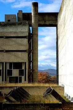 Le Corbusier's Couvent Sainte Marie de la Tourette (Eveux-sur-Arbresle, France) by indeepdark, via Flickr
