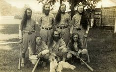 BARNSTORMERS: The House of David, not a part of any Jewish congregation, was a barnstorming, independent baseball team that toured the country. Baseball players with exceedingly long hair and beards were a true amusement. Minor League Baseball, Major League, Baseball Players, House Of David, The Sporting Life, Harlem Globetrotters, Benton Harbor, Making The Team, Sports Pictures