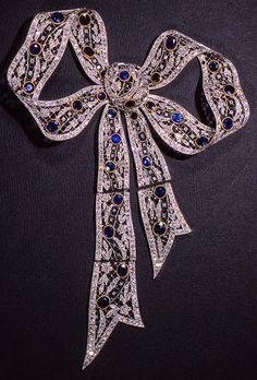 Bow Jewelry, Art Deco Jewelry, Vintage Jewelry, Jewellery, Stylists, Sparkle, Gems, Bling, Jewels