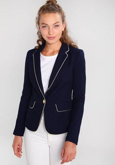 """Vero Moda. VMTRINE - Blazer - navy blazer. Fit:tailored. Outer fabric material:87% polyester, 9% viscose, 4% spandex. Our model's height:Our model is 69.5 """" tall and is wearing size 10. Care instructions:do not tumble dry,machine wash at 30..."""