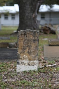 Shell Banks #Cemetery along Fort Morgan Road in #GulfShores, Ala., holds several #Confederate soldier graves as well as some well known names that helped establish Pleasure Island.