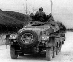 Sd.kfz. 232 (fu). Productioon series 4 or 5 with star aerial. Notice that the air filter where the extra wheel is stowed is covered by extra armour.