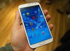 Samsung Galaxy Note II for Sprint hands-on  No price yet, but for me, I'm sure it will be astronomical :'(