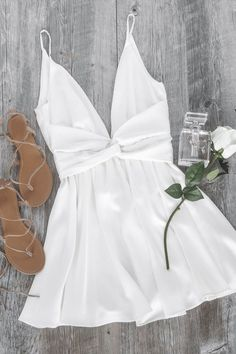 The Plunge White Skater Dress : of your dreams! Perfect for a bride-to-be. Get this look before it sells out!Take The Plunge White Skater Dress : of your dreams! Perfect for a bride-to-be. Get this look before it sells out! Cute Homecoming Dresses, Cute Summer Dresses, Cute Dresses, 1950s Dresses, Prom Gowns, Long Dresses, Party Dresses, Vintage Dresses, Teen Fashion Outfits