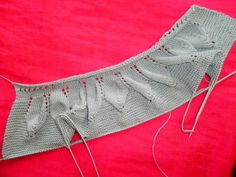 passo a passo como fazer uma camisola com as folhas com os sapatos | The Jersey Marica