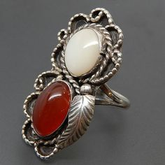 Native American Navajo Mother Of Pearl & Carnelian Twisted Rope Swirled Border Sterling Silver Ring - Size 7