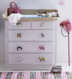 Oooh baby, baby, love me a little DIY project for the kid's room. Add a childproof faceplate. www.livingplug.com