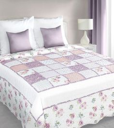 patchwork-prehoz-v-bielo-ruzovej-farbe-vintage- (1) Comforters, Quilts, Blanket, Vintage, Bed, Furniture, Home Decor, Scrappy Quilts, Colors