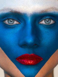 hans-feurer-photography-2 #france #fashion #bleublancrouge #bluewhitered #bleu #blanc #rouge #blue #white #red #photography