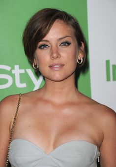 Jessica Stroup - Hollywood's Best Very Short Short Hair Styles - StyleBistro